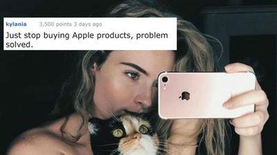 Ги присилуваат да ги купат новите модели на iPhone: Луѓето бесни поради она што го прави Apple