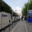ВМРО-ДПМНЕ: Автобусите на Пендаровски и Заев останаа полупразни