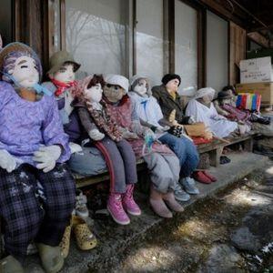 Во ова село нема деца, а неговите жители се – кукли: Вака изгледа местото во кое луѓето не се среќаваат често