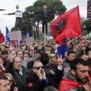 Албанската опозиција за 25-ти мај најави голем протест против Рама нарекувајќи го балкански Мадуро