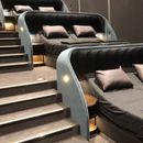 Гледањето на филмови никогаш не било подобро: Во оваа кино сала наместо столчиња има кревети