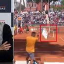 """Тенискиот свет е шокиран од изјавата на Федерер за Кирјос: """"Што направи, ја повреди столицата?"""""""