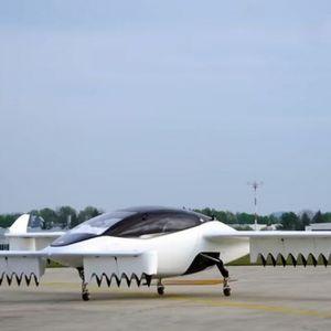 Полетало првото летечко такси: Постигнува брзина од 300 километри на час и во него може да влезат пет лица