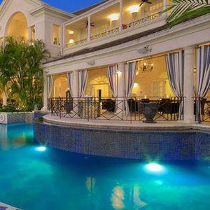 Влезете во луксузната вила на Барбадос во која престојувал принцот Хари: Се продава за 35,4 милиони евра