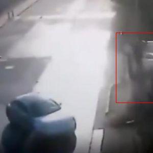 (Вознемирувачко видео) Се појави снимка од несреќата во која фудбалерот усмрти брачен пар: Не ни кочел, ги отфрлил 15 метри