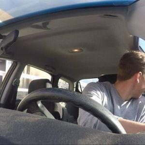 Холанѓаните секогаш ја отвораат вратата со десна рака кога излегуваат од автомобилот – еве зошто тоа може да спаси бројни животи
