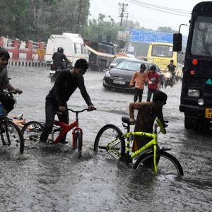 Кобна сезона на монсуните: Најмалку 650 луѓе настрадале на југот на Азија, 460 само во Индија