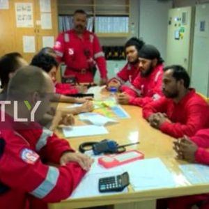 Иран објавил снимка од морнарите од запленетиот танкер: Пијат кафе, готват и вршат задачи! Никој кон нив не се однесува непријателски