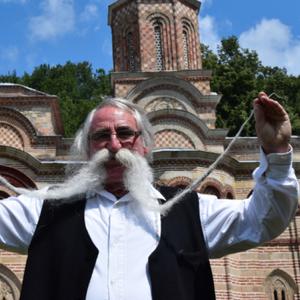 """Најдолгите мустаќи во Србија: """"Нема да ги скратам додека сум жив"""""""