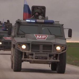 Русите пристигнаа на фронтот: Кога го гледаат нашето знаме, Турците и Курдите веднаш прекинуваат со борбите!