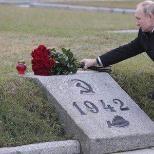 """Путин му порача на Западот: """"Ќе им ја затвориме устата на оние кои менуваат историја и ја намалуваат улогата на нашите татковци и дедовци"""""""