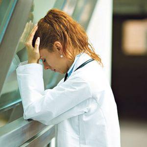 Пациенти ни умираат по ходници, луѓе, тука е како во војна! Не можеме да постигнеме! Хорор во американска болница