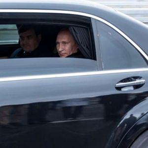 Ова е најсигурната лимузина на светот: Откриени непознати детали од производството на автомобилот на Владимир Путин