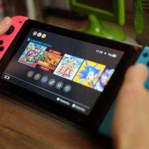 Нудат 1000 долари за играње видео игри – еве што бараат за возврат