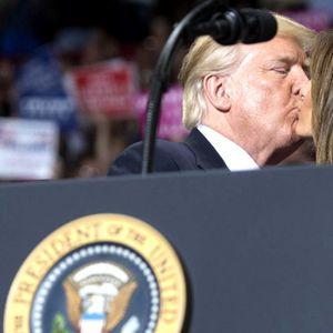 Нивниот однос интригира многумина: Вака Доналд и Меланија Трамп се однесуваат еден кон друг кога мислат дека никој не ги гледа...