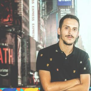 Лиридон Али - графички дизајнер кој преку уметноста влијае на општествените промени