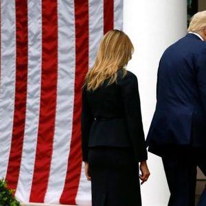 Црно, црно, црно... Меланија Трамп во суперефикасна комбинација во каква што ретко ја гледамe