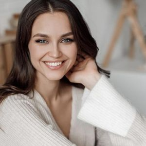 Витамини за убавина: Еве што да користите ако сакате убава кожа без брчки, сјајна коса и силни нокти