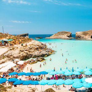 Доколки одите на летување во оваа медитеранска држава, добивате 200 евра подарок – каков поттик на туризмот
