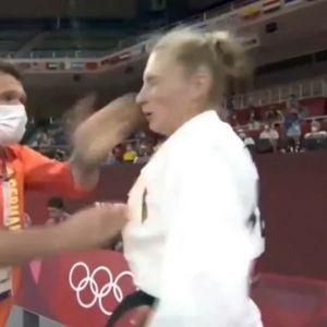 Видеото од олимпијката на која тренерот ѝ удира шлаканици пред мечот предизвика бес: Таа јавно реагирала и објаснила што се крие зад таквиот потег