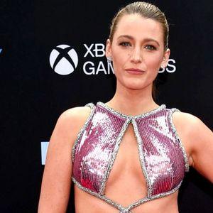 """Блејк Лајвли: """"Гол"""" фустан поради кој ниту Рајан Рејнолдс не го тргал погледот од неа"""