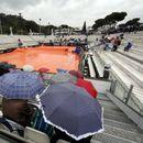Дождот ја диктира програмата на Мастерсот во Рим
