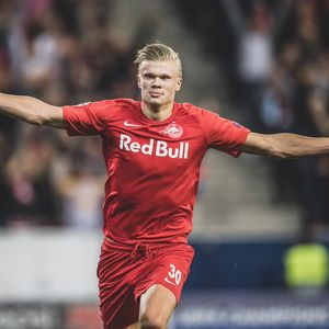 Дали Ерлинг Халанд е најдобриот млад напаѓач во Европа? (видео)