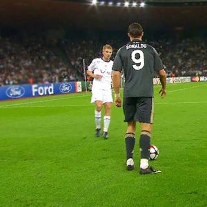 "ТОП 20 моменти кога Роналдо ги ""партали"" своите ривали"