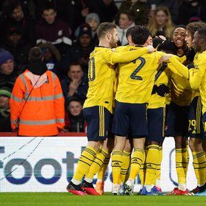Арсенал со тинејџери до осминафиналето на ФА купот