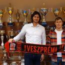 Данил Шишкарев официјално потпиша со Веспрем