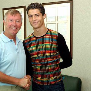 """Пред точно 17 години, Кристијано пристигна на """"Олд Трафорд"""""""