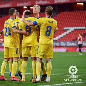 Севилја драматично против Леванте, Кадиз со девет играчи го победи Билбао