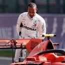 Хамилтон: Не беше пишано да завршам во Ферари