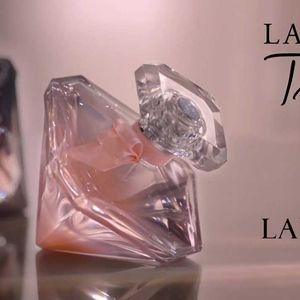 Најново поглавје од љубовната приказна!LancômeLaNuitTrésorNude