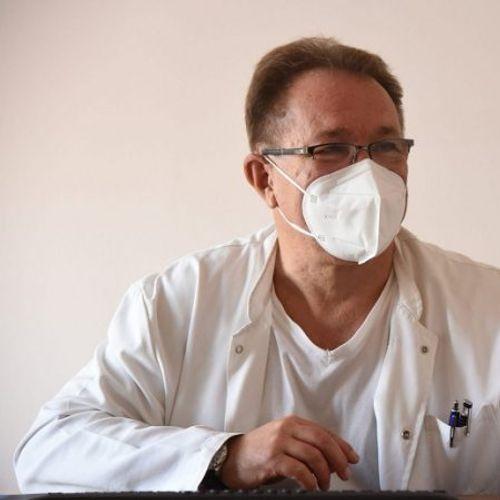Д-Р БЕЌАРОВСКИ: За одење во странство платија 2 милиони евра да ги тестираат децата, сега не дозволуваат бесплатно