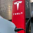 Саудиска Арабија ќе ја финансира приватизацијата на Тесла