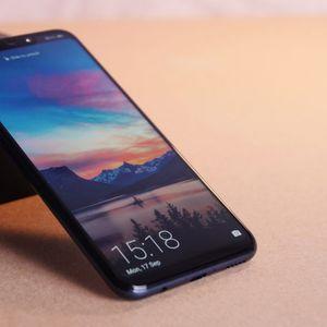 Huawei Mate 20 Lite – Убавец во средната класа!