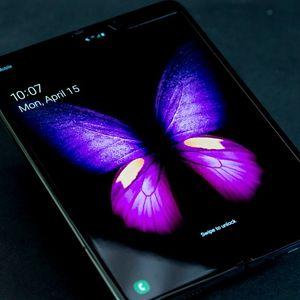 Samsung го одложи почетокот на продажбата на Galaxy Fold