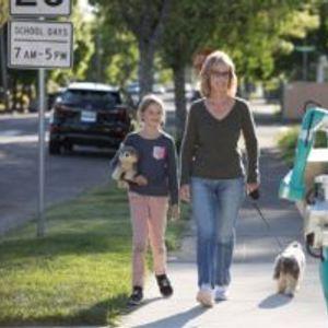 Робот на Ford доставува пратки и се движи како човек