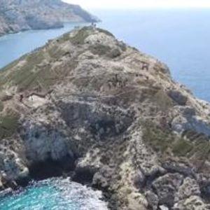 Големо откритие во Егејското море: На остров пронајдена пирамида стара 4.500 години