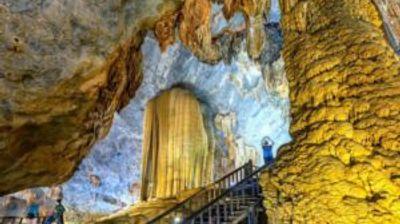 Во Виетнам постојат пештери високи како облакодери