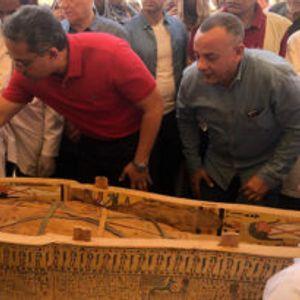 Археолози случајно открија совршено зачувани мумии стари 3.000 години