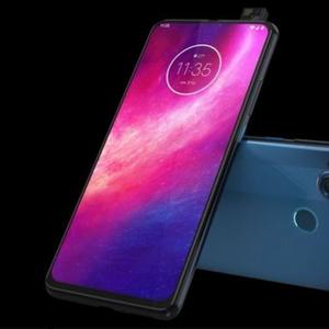 Претставен новиот Motorola One Hyper со pop-up камера