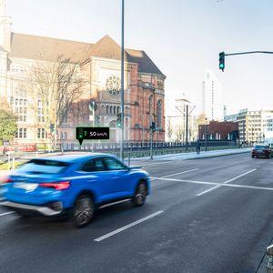 Автомобилите на Audi комуницираат со семафорите, a еве и како