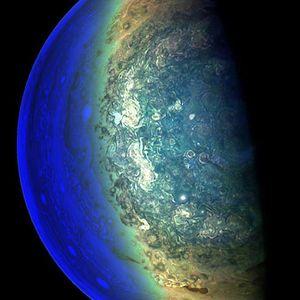 NASA ги објави најдобрите фотографии од Јупитер