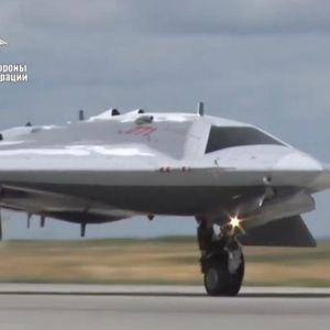 """Прецизирана цената на најновото руско беспилотно летало """"Охотник"""""""