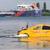 Lada Xray научи да плива (ВИДЕО)