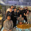 Роденденска торта за Нено во Перм, Тодоров со порака до момците