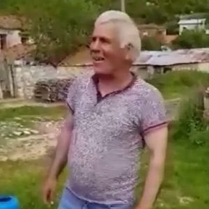 Дедото Петре от село Церје , Мала Преспа пее македонска народна песна