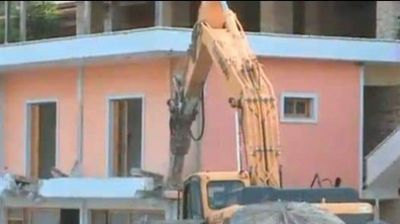 Се урнва ресторанот на Кокдима кој тероризираше шпански туристи во Албанија